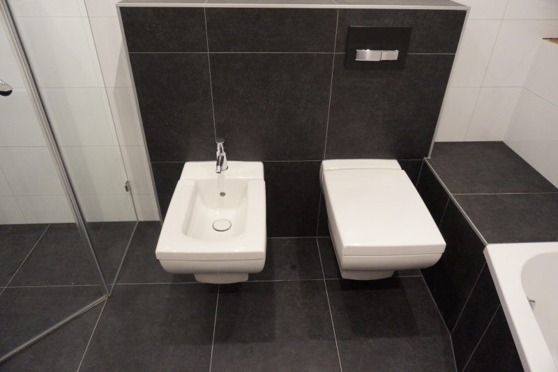 Badkamer En Toilet : Kin boer multimontage badkamer en toilet vernieuwd